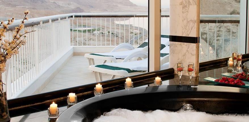 מלון דיוויד ים המלח | ג'קוזי בסוויטה