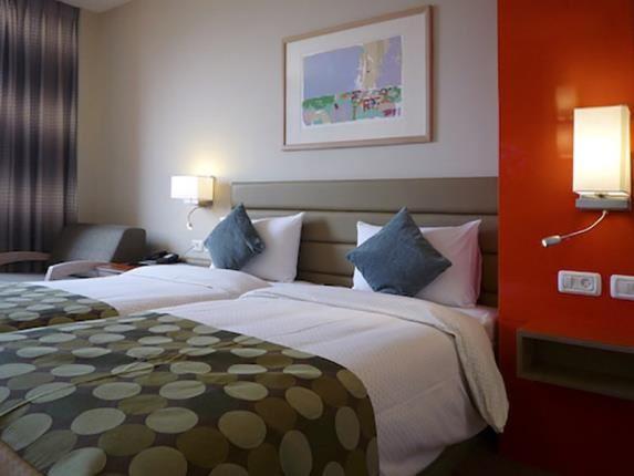 מלון גרנד ביץ' תל אביב חדרים
